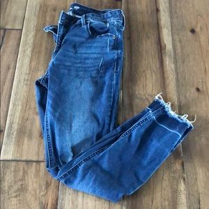 Old Navy Rockstar Super Skinny Ankle Jeans